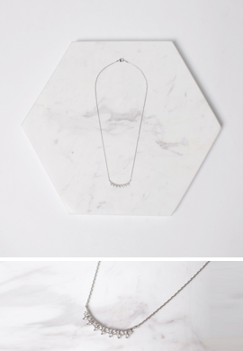 slender necklace